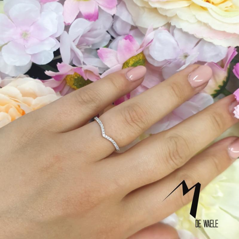 Handgemaakte trouwring